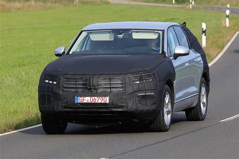 volkswagen touareg 2017 all new 2017 volkswagen touareg spied testing forcegt com