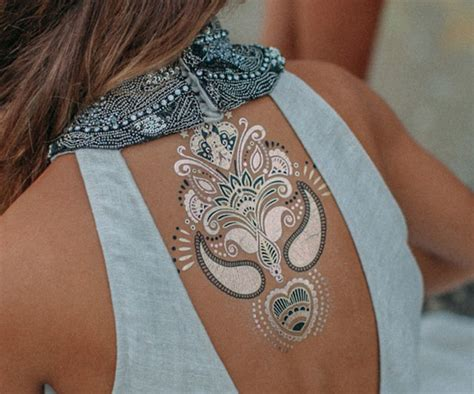 henna tattoo metallic 9 extraordinary metallic tattoos styles at life
