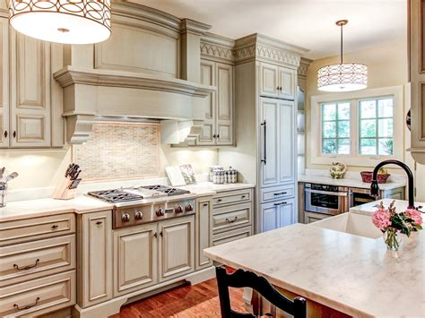 Painted Kitchen Cabinet Ideas by Best Way To Paint Kitchen Cabinets Hgtv Pictures Amp Ideas