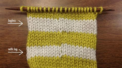 changing colors in knitting stripes how to knit a traveling jogless stripe in the new
