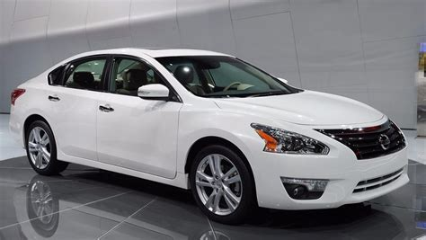 Nissan Altima 2014 Reviews by The 2014 Nissan Altima Review Specs Price Pictures