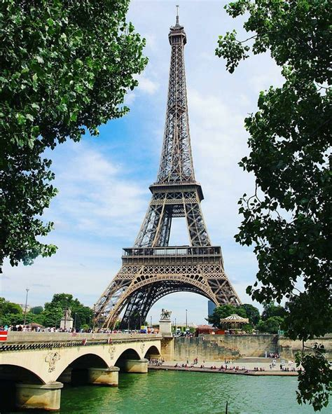 home of the eifell tower best 25 tour eiffel ideas on pinterest tour eiffel
