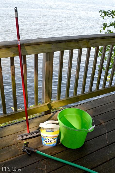cleaning  deck  oxiclean  staining deck