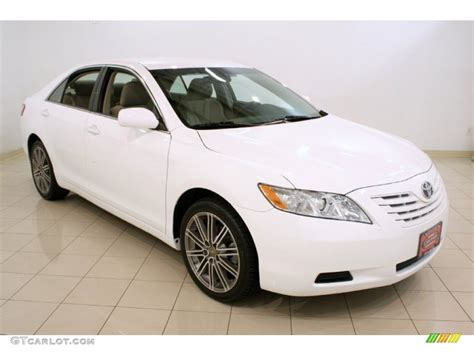 Toyota Camry 2009 White White 2009 Toyota Camry Le Exterior Photo 51971525