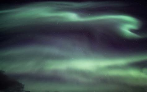 travel deals iceland northern lights here s your chance to see the northern lights this year