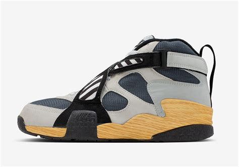 nike outdoor basketball shoes nike revisits the ndestrukt air raid and other iconic