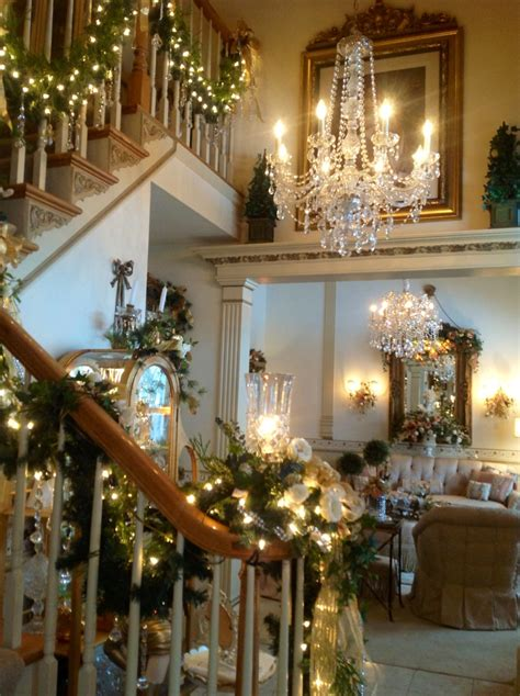 elegant decor this is so not my style but my house would feel like