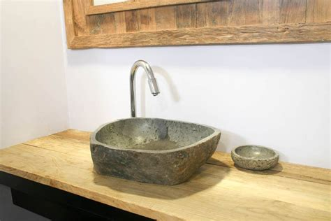 encimera baño madera rustica mesas largas con sus sillas de 12 personas