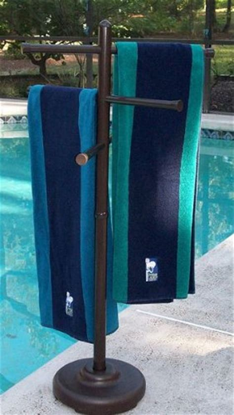 Outside Towel Rack by Outdoor Spa And Pool Towel Rack