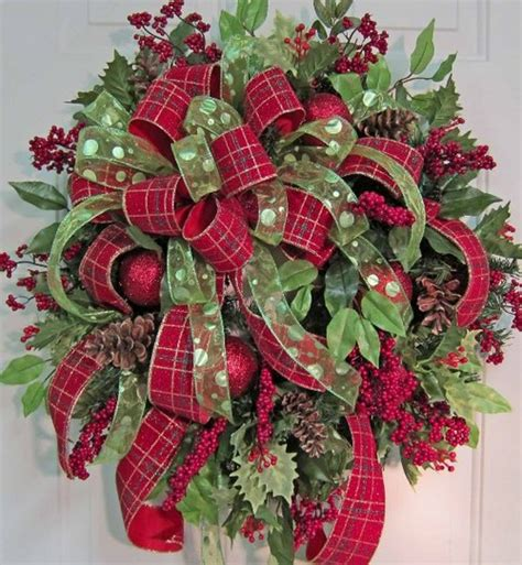 Beautiful Wreaths | home decor 25 christmas wreath ideas messagenote