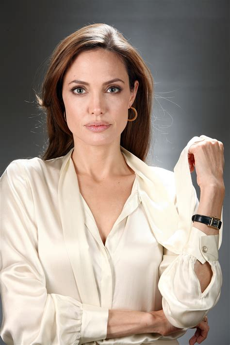 angelina jolie biography in spanish angelina jolie hd pictures image 36138 imgth free