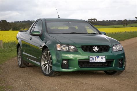 holden ute ss first drive 2011 holden ve series ii ss v8 ute carscoops