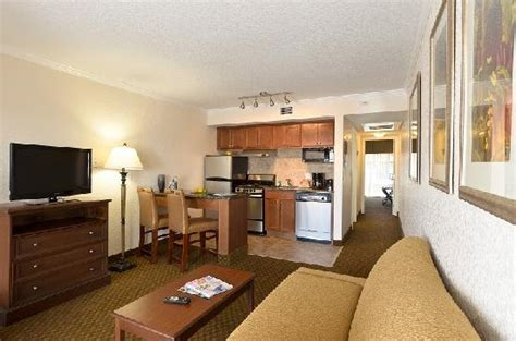 two bedroom suites clearwater beach florida coconut cove all suite hotel clearwater fl omd 246 men