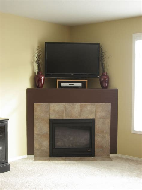 Pictures Of Corner Fireplaces by Corner Fireplace Decorating Ideas Decorating Ideas