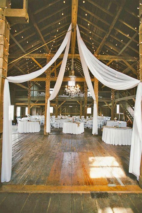 cheap barn wedding venues best 20 barn wedding venue ideas on rustic