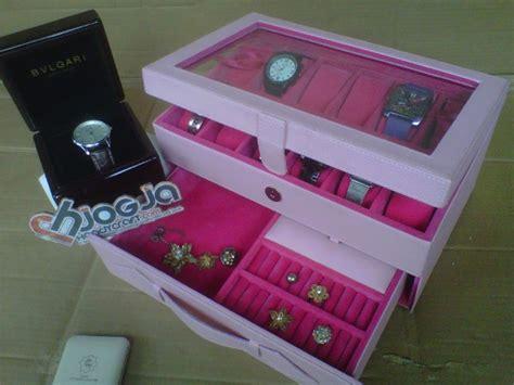 Tempat Jam Tangan Mix Aksesoris Baby Pink girly baby pink box isi 12 mix accesories drawer