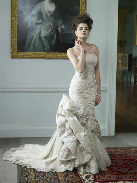 Ian Stewart Wedding Gowns by Ian Stuart Wedding Dresses Bridal Gowns Of The
