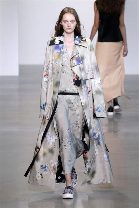 whats out of style this sprin top 10 spring 2016 trends from new york fashion week ny