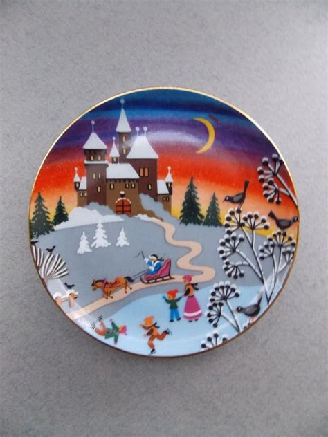 christmas story vintage porcelain plate wall decor