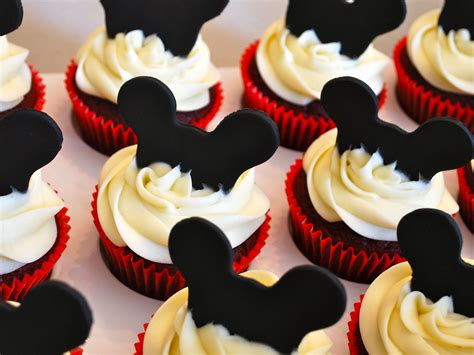 mickey mouse cupcakes  treat boutique