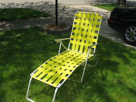 chaise lawn chair folding chaise lounge lawn chairs house decorations and