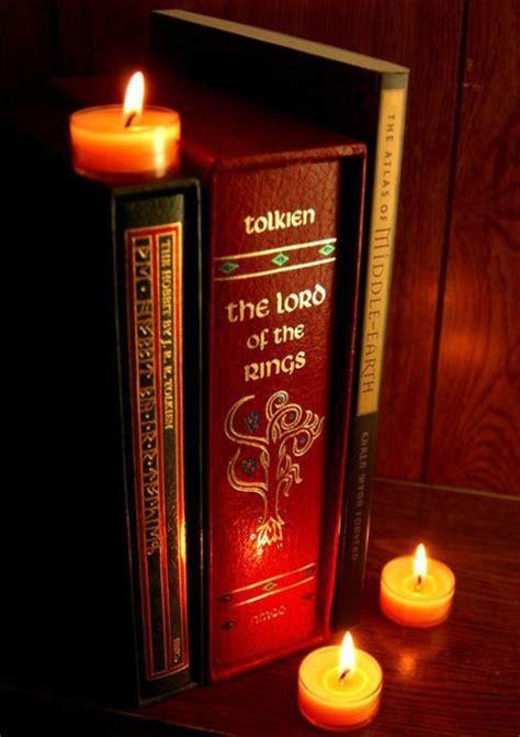 libro the hobbit pocket version 1506 best portadas de libros de y sobre tolkien images on book covers envelopes and