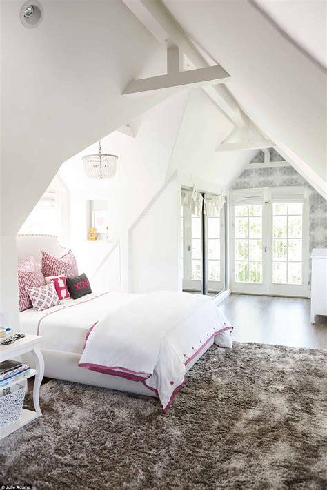 little girls dream bedroom tiffani thiessen opens the doors to her lavish 1920s los
