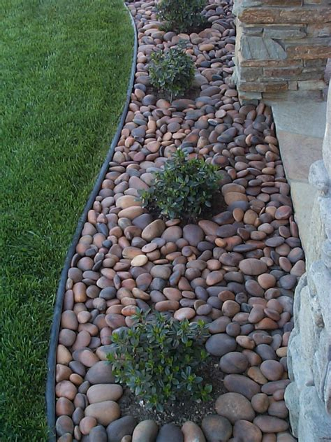 mexican pebbles for your landscape sold in bulk and