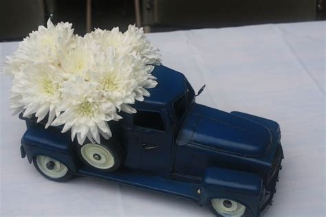 Vintage Cars And Trucks Birthday Party Ideas Vintage Classic Car Centerpieces