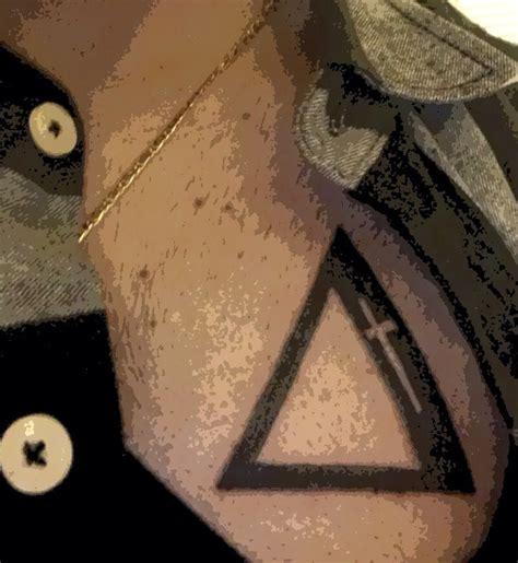 delta 9 tattoo 25 b 228 sta delta id 233 erna p 229 geometriska