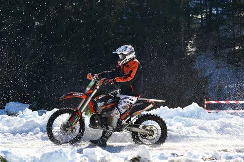 Motorrad Helm Winter motorradhelm im winter tipps f 252 r helmtypen zubeh 246 r