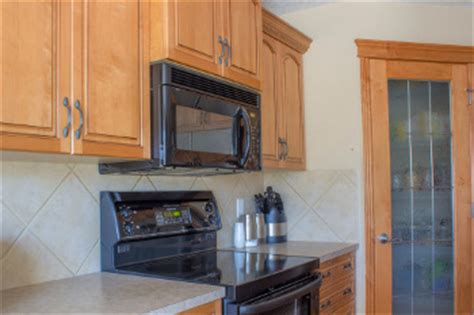 built in microwave with exhaust fan built in vs countertop microwave oven analyze and choose