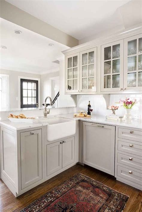 light grey kitchen cabinets best 25 light gray cabinets ideas on pinterest gray kitchen cabinets farm style kitchens
