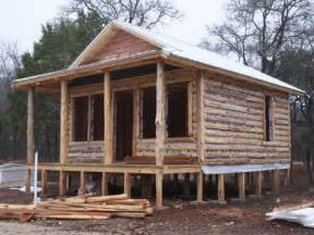 small log cabin building small rustic log cabins building
