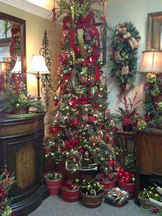 decorating skinny christmas tree 1000 ideas about tree on pencil tree slim