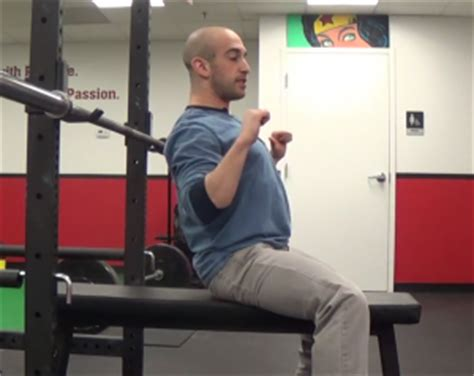 daily bench press 2 common bench press mistakes and how to fix them