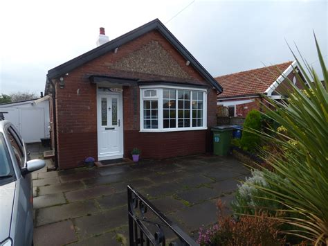 Bungalow 2 Bedroom by 2 Bedroom Detached Bungalow For Sale In 17 Richmond Grove