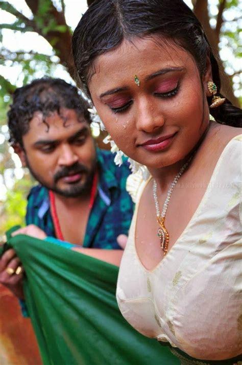 bollywood heroines romantic pics local tamil movie romantic scene hot photos local movie