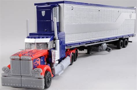 with trailer optimus prime with mechtech trailer transformers toys