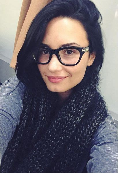 Which Demi Flawless Look Is Most Fab by 15 Who Look Flawless In Glasses Tom Ford