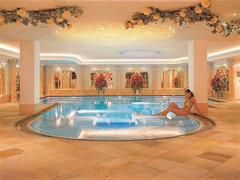 piscine interne riscaldate 17 best images about piscine spa on pools
