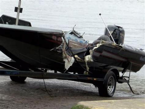 bass fishing boat accident man dies after boating collision on lake conroe
