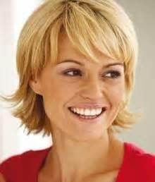 middle aged thin hair haircut for fine straight hair middle age woman wallpaper