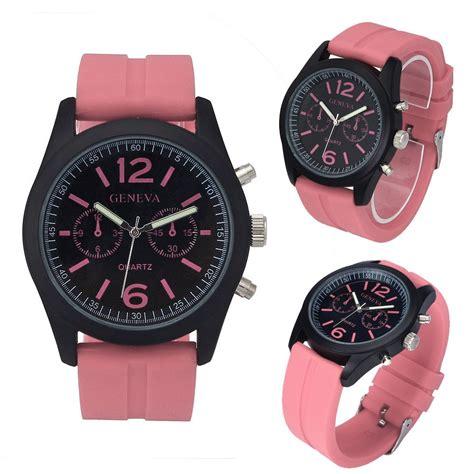 Mens Fashion Quartz Watches White luxury pu leather watches geneva fashion quartz