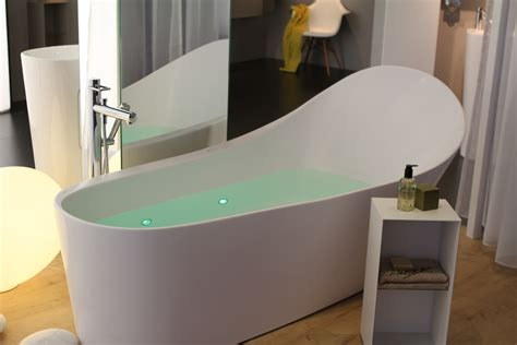 reece bathtubs reece bathtubs 28 images bathtubs to fall in posh solus 1780 freestanding bath