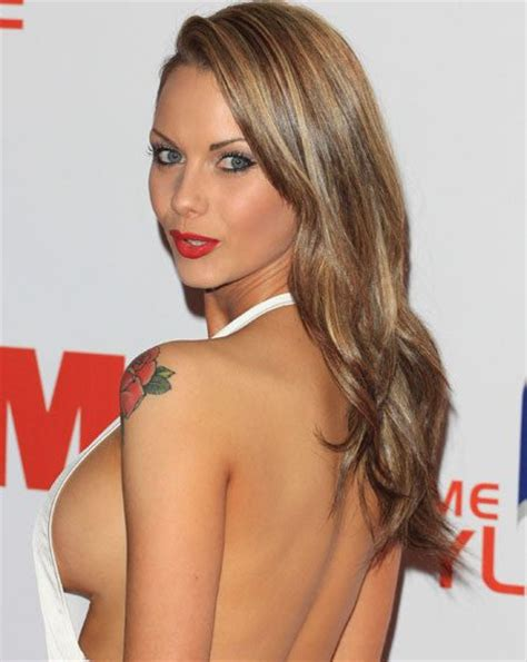 worlds hottest women gets it jessica jane clement gets her boobs out at the fhm party