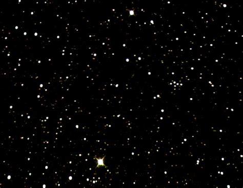wann wurde pluto entdeckt was entdeckt pluto sonde new horizons am 14 7 2015