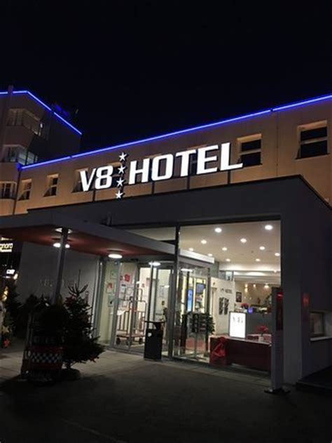 v8 hotel stuttgart photo0 jpg picture of v8 hotel motorworld region