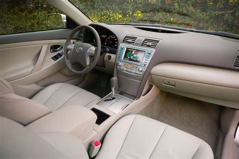 how make cars 2009 toyota camry hybrid interior lighting 2009 toyota camry hybrid interior picture pic image