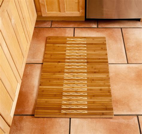 bamboo shower mat  point pluses homesfeed